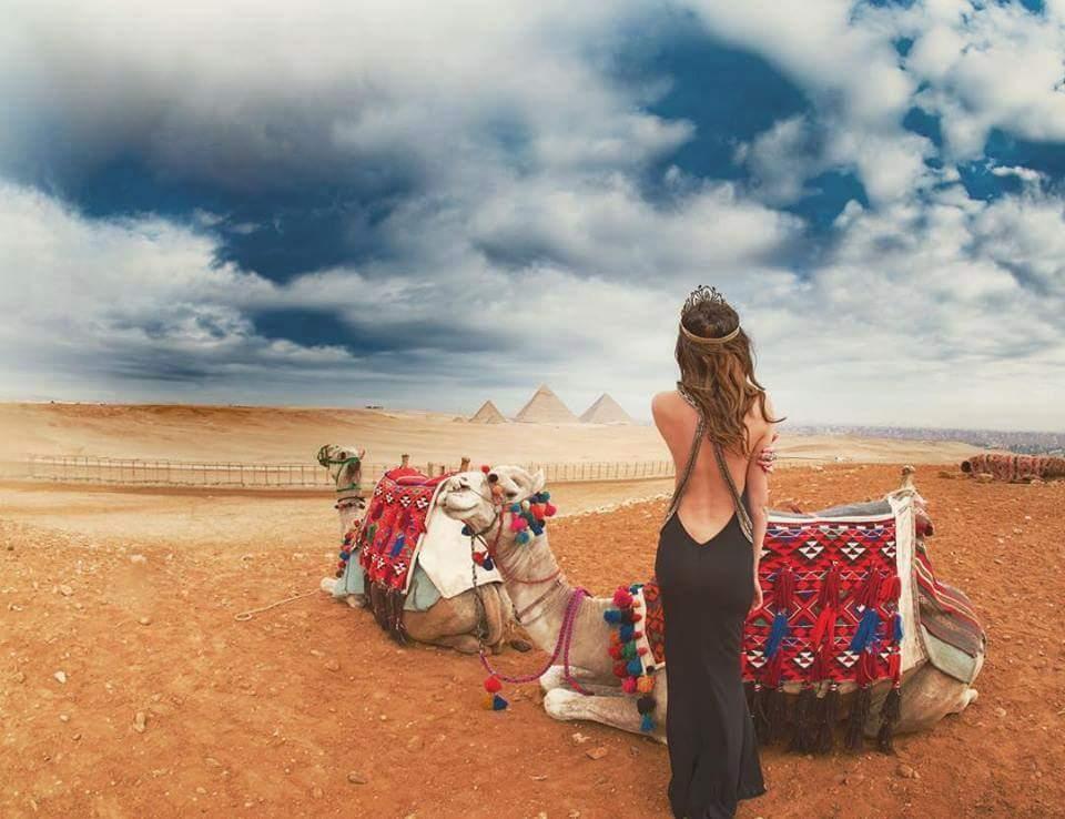 walk like Egyptian