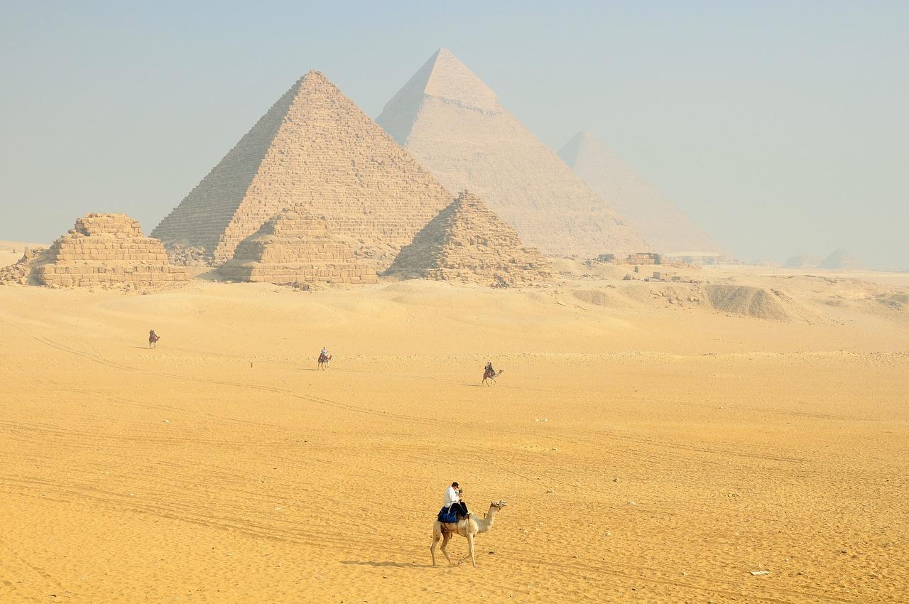Pyramids & Saqqara & Memphis tour